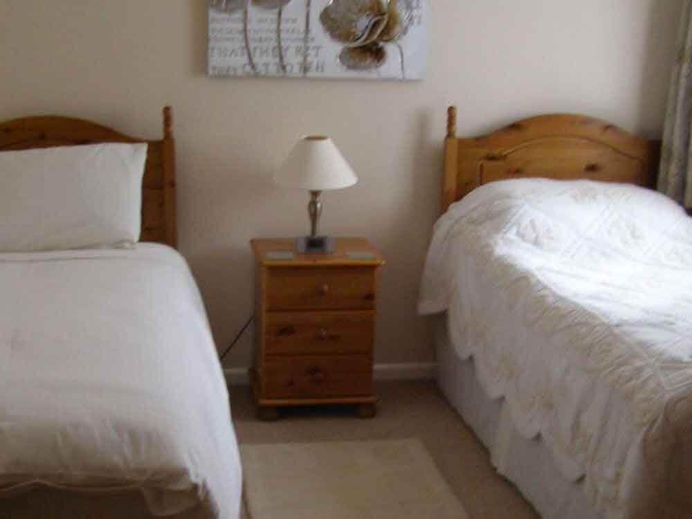 bedroom 2 with single beds